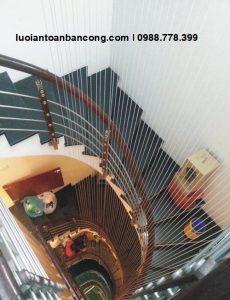 Lưới an toànlan can cầu thang