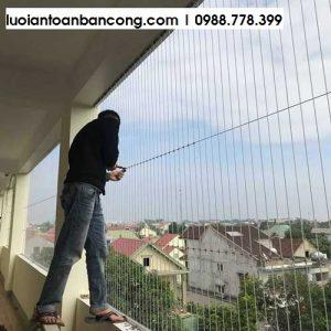 Giá lưới an toàn ban công chung cư