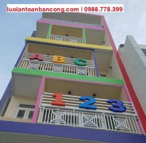 Lắp đặt lưới bảo vệ cửa sổ ban công chung cư Hồ Chí Minh